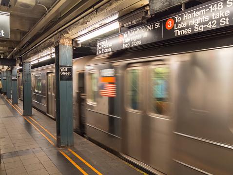 Passenger Train「Subway train, New York City」:スマホ壁紙(13)