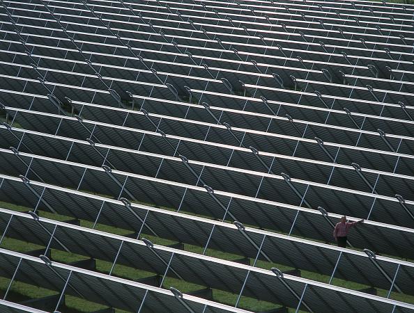 2002「Array of solar panels」:写真・画像(5)[壁紙.com]