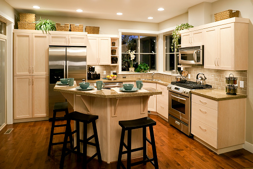 Stove「Well designed, bright kitchen in modern home」:スマホ壁紙(11)
