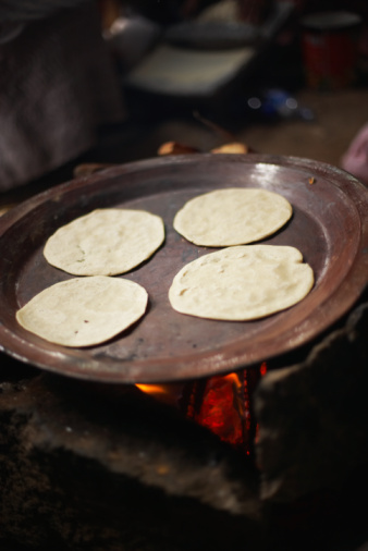 Griddle「Tortillas on griddle」:スマホ壁紙(4)