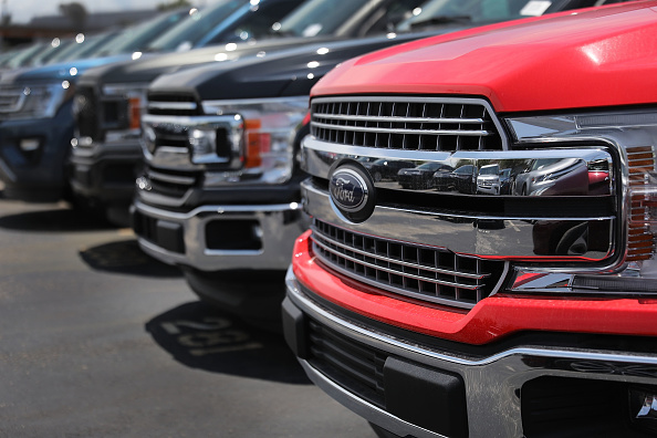 Truck「Ford Suspends Production Of Its Popular F-150 After Fire At Supplier」:写真・画像(14)[壁紙.com]