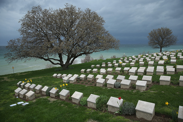Sean Gallup「The Gallipoli Campaign: Gravestones Of Fallen Soldiers」:写真・画像(18)[壁紙.com]