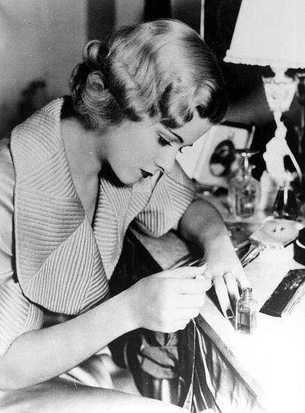 Actress「Joan Bennett」:写真・画像(5)[壁紙.com]