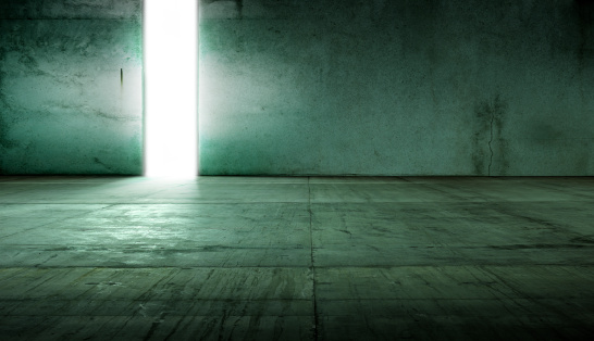 Concrete「Empty Concrete Warehouse Room」:スマホ壁紙(10)
