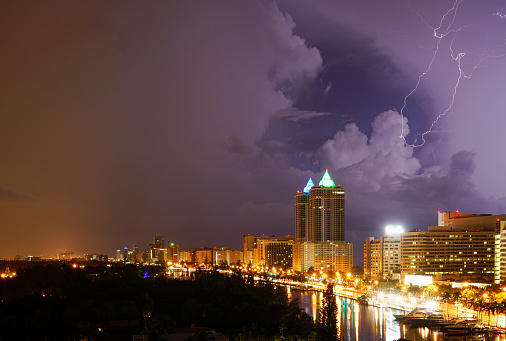 Miami Beach「Storm over Miami Beach」:スマホ壁紙(1)