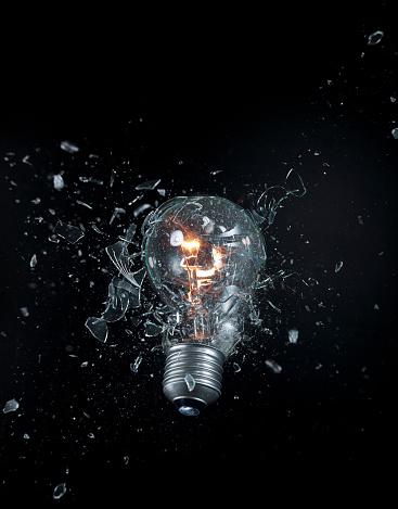 Destruction「exploding lightbulb」:スマホ壁紙(16)