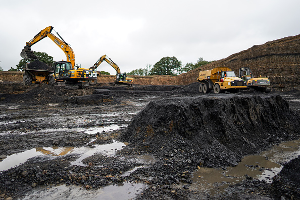 Environment「One Of England's Last Coal Mines Extracts Final Load」:写真・画像(7)[壁紙.com]