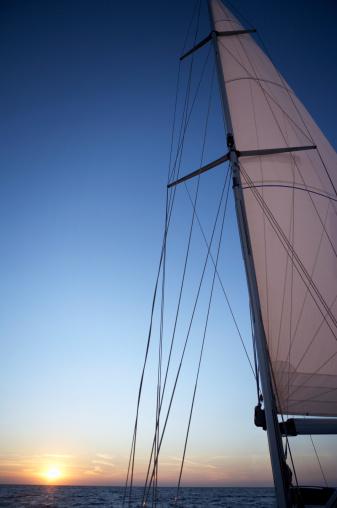 Irish Sea「Sailing boat, sunset」:スマホ壁紙(8)