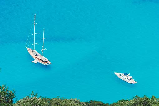 ビーチ「帆船・ ヨット」:スマホ壁紙(11)