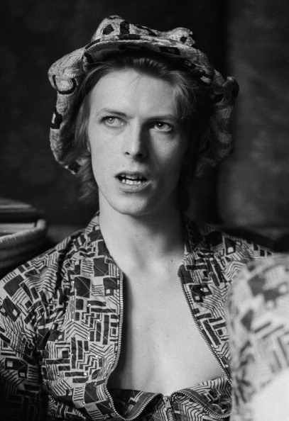 1972「David Bowie At Home」:写真・画像(16)[壁紙.com]