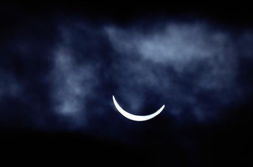 月「Eclipse」:スマホ壁紙(15)