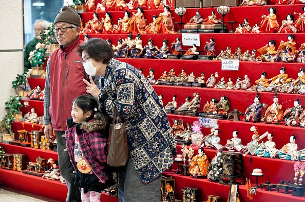 ひな祭り「Hina Dolls On Pyramid Display For Girls' Day」:写真・画像(3)[壁紙.com]