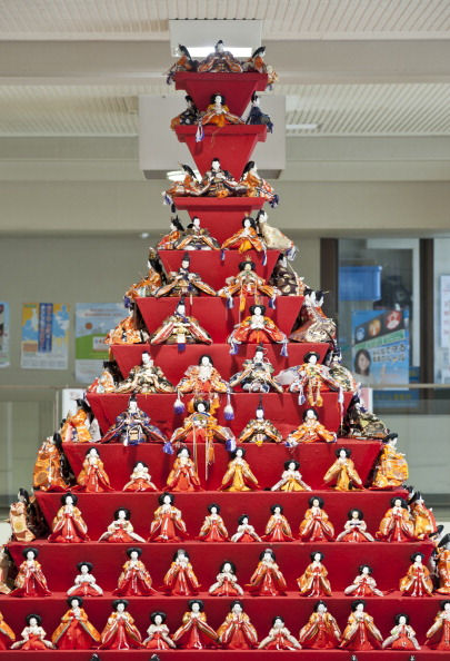 雛人形「Hina Dolls On Pyramid Display For Girls' Day」:写真・画像(7)[壁紙.com]