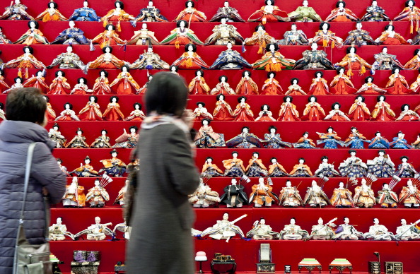 雛人形「Hina Dolls On Pyramid Display For Girls' Day」:写真・画像(8)[壁紙.com]