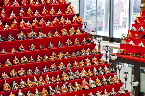 雛人形「Hina Dolls On Pyramid Display For Girls' Day」:写真・画像(10)[壁紙.com]