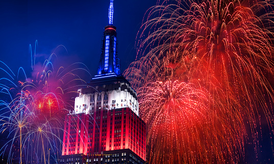 花火「New York City, Independence Day celebration with fireworks」:スマホ壁紙(9)