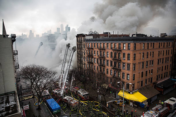 Building Explosion In Manhattan's East Village:ニュース(壁紙.com)