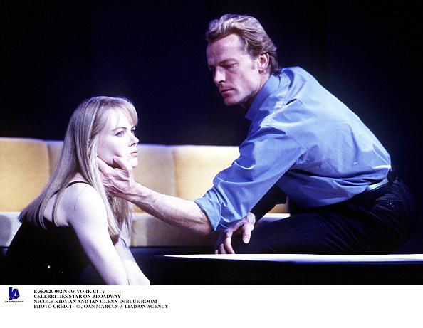 Robert Nickelsberg「Celebrities Star On Broadway Nicole Kidman And Ian Glenn In Blue Room Pho」:写真・画像(10)[壁紙.com]