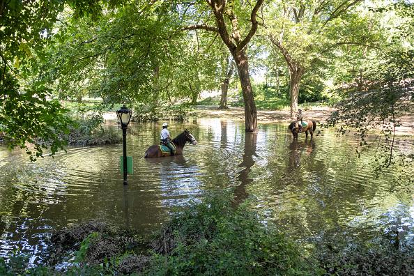 New York City「Remnants Of Hurricane Ida Move Through Northeast Causing Widespread Flooding」:写真・画像(8)[壁紙.com]