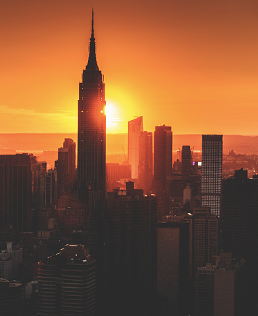 Dawn「New York City aerial view skyline of empire state building」:スマホ壁紙(4)
