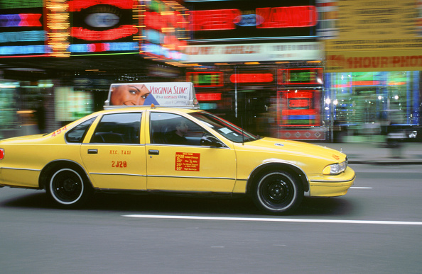 Taxi「New York Yellow Taxi cab 1995」:写真・画像(15)[壁紙.com]