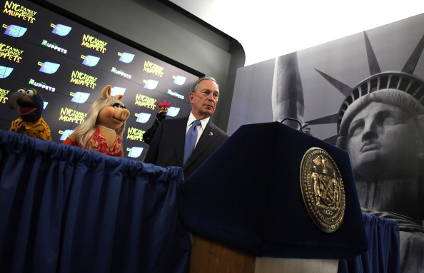 Prawn - Seafood「Mayor Bloomberg Appears With The Muppets In Times Square」:写真・画像(17)[壁紙.com]