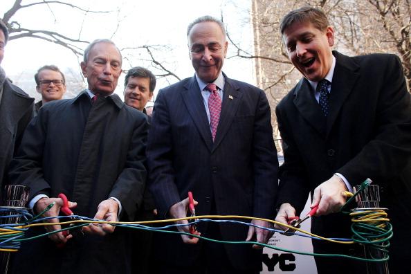 Corporate Business「Mayor Bloomberg Announces Google's Plan To Provide Free Wifi To Chelsea Neighborhood」:写真・画像(7)[壁紙.com]
