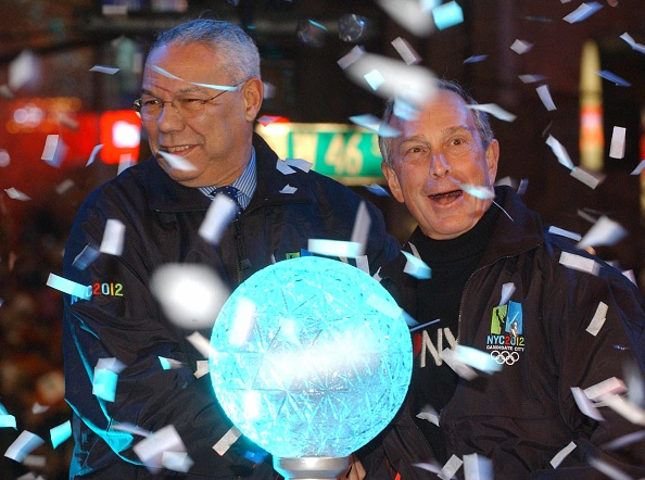 New Year「Times Square Revelers Celebrate The New Year」:写真・画像(19)[壁紙.com]