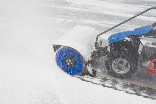 Snow Machine「USA, New York City, machine removing snow」:スマホ壁紙(13)