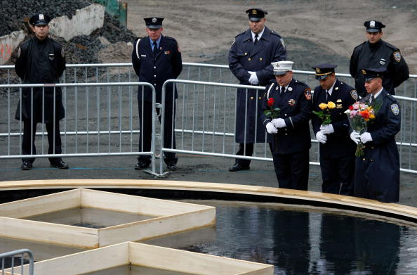 911 Remembrance「NYC Commemorates 6th Anniversary Of Terror Attacks On World Trade Center」:写真・画像(10)[壁紙.com]