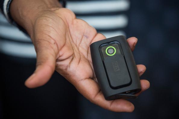 Wearable Camera「New York City Public Advocate Displays Police Wearable Cameras」:写真・画像(8)[壁紙.com]