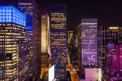 Avenue「New York City, midtown Manhattan, USA at night」:スマホ壁紙(14)