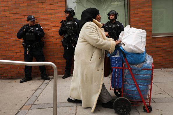 Security「Security Heightened At New York City Mosques After Deadly Attacks In New Zealand」:写真・画像(10)[壁紙.com]
