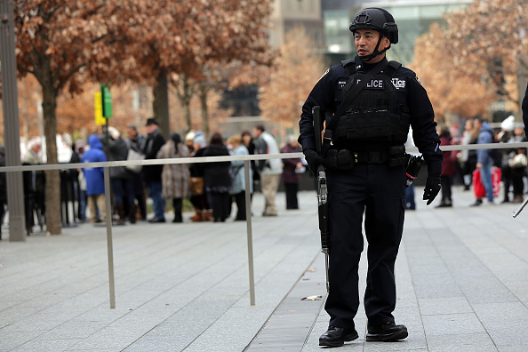 Risk「New York City Increases Security Amid Global Terror Alerts」:写真・画像(14)[壁紙.com]