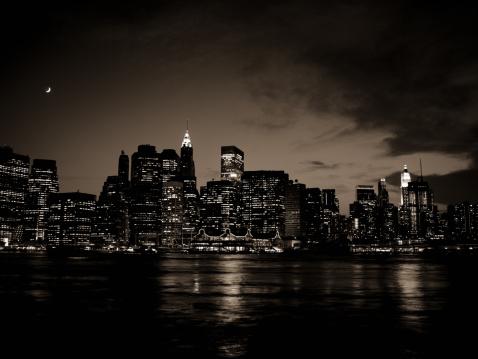Sepia Toned「New York City Night」:スマホ壁紙(1)