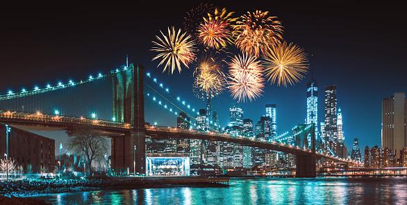 New Year「new york city skyline at night with fireworks」:スマホ壁紙(17)