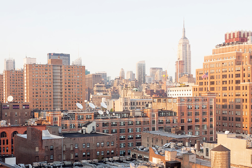 Meatpacking District「USA, New York City, Meatpacking District with Empire State Building in the background」:スマホ壁紙(2)