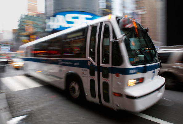 Bus「FBI Warns Of Possible Terror Attack On Subway System During The Holidays」:写真・画像(9)[壁紙.com]