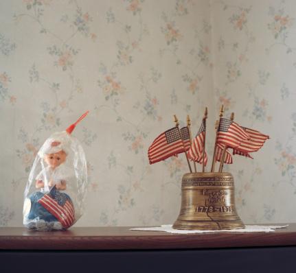 Bell「American flag memorabilia」:スマホ壁紙(19)