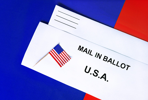 Voting Ballot「American Flag lying on a Mail-in Ballot or mail in ballot on top of a return envelope..」:スマホ壁紙(19)