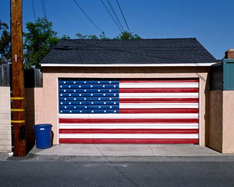 Fourth of July「American flag painted on garage door」:スマホ壁紙(15)