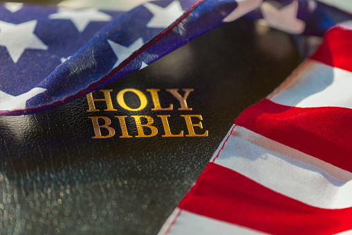 Boise「American flag draped over bible」:スマホ壁紙(8)