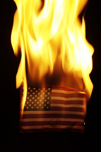 Fourth of July「American Flag Burning」:スマホ壁紙(12)