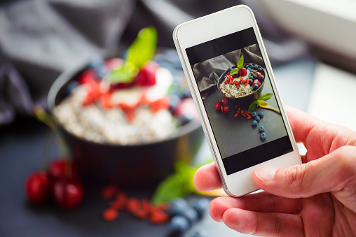 Oats - Food「Blogger Food Selfie」:スマホ壁紙(16)