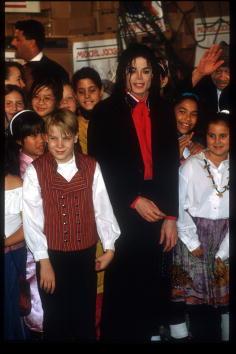 Kennedy Airport「Michael Jackson At JFK For Airlift」:写真・画像(3)[壁紙.com]