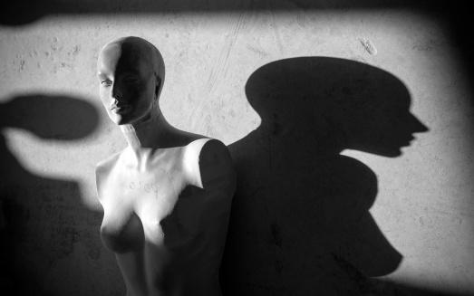 女性モデル「マネキンと影」:スマホ壁紙(16)