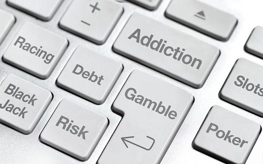 Computer Key「Online gambling addiction」:スマホ壁紙(15)