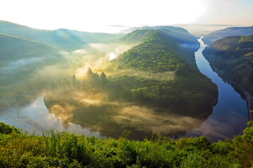 かすみ「Loop of River Saar, Mettlach, Germany」:スマホ壁紙(1)