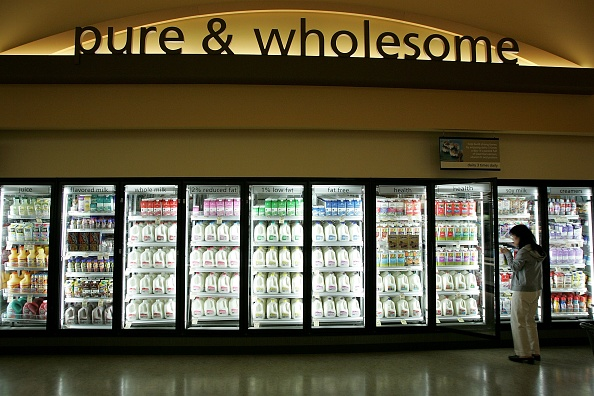 Milk「New Safeway Opens With Focus On Organic Goods」:写真・画像(6)[壁紙.com]
