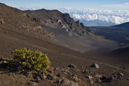 Haleakala National Park「Sliding Sands Trail landscape in crater.」:スマホ壁紙(0)